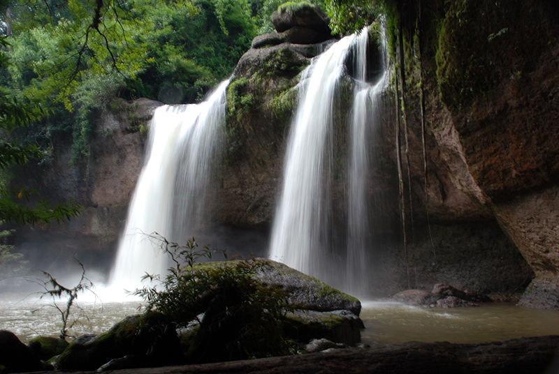 Female Danish tourist found after 5-hour search at Rayong waterfall