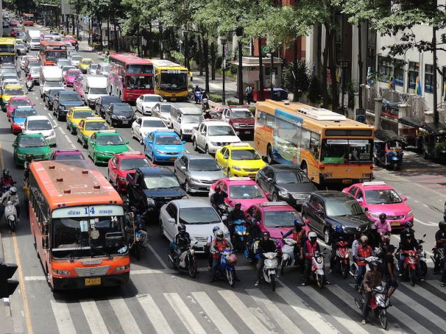 Bangkok police to use cameras to prevent traffic law violations