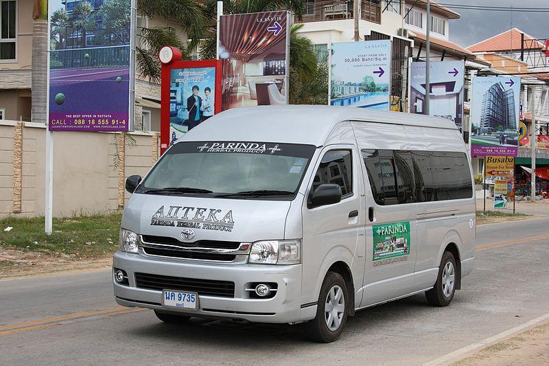 Toyota Commuter minivan in Pattaya