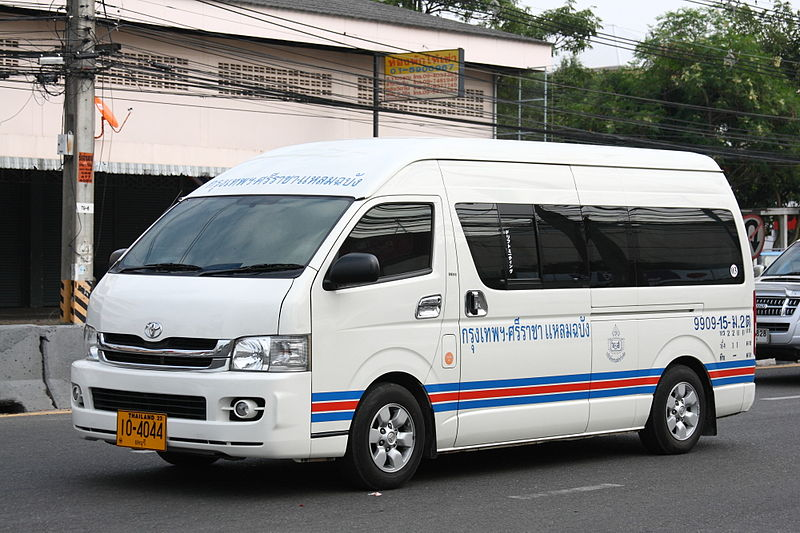 Tak: Van-fuel truck crash kills two
