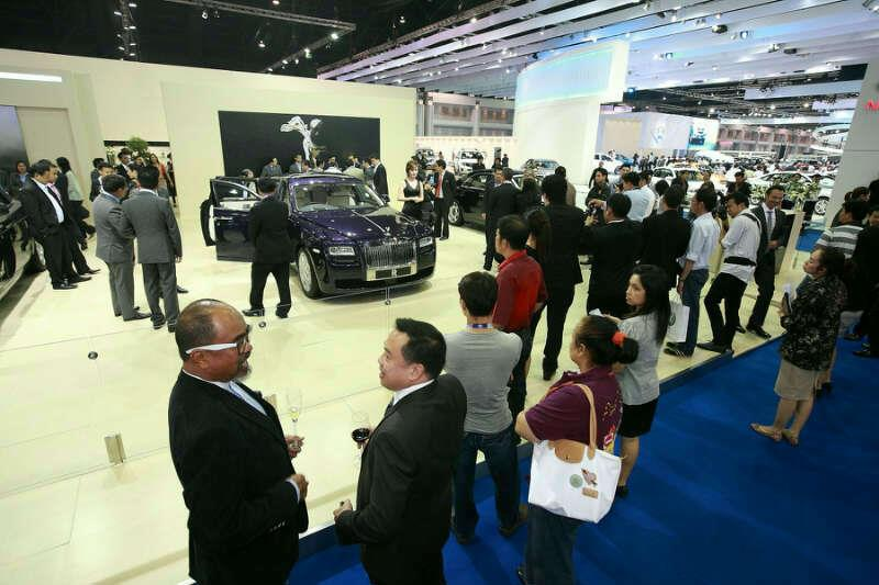 Japanese car giants promise to use Thailand as production base 2