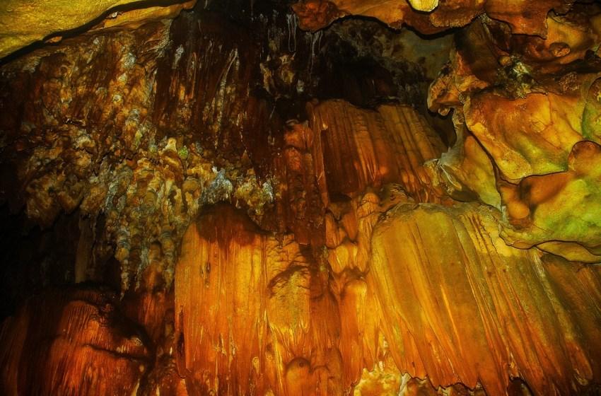 Chiang Dao Cave, stalagmites and stalactites