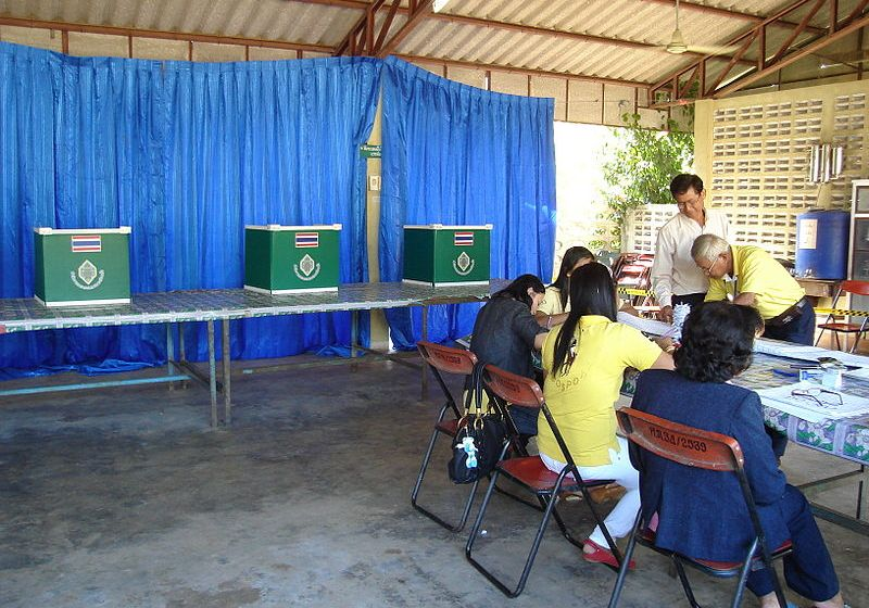 'Yes' camp overwhelms charter referendum