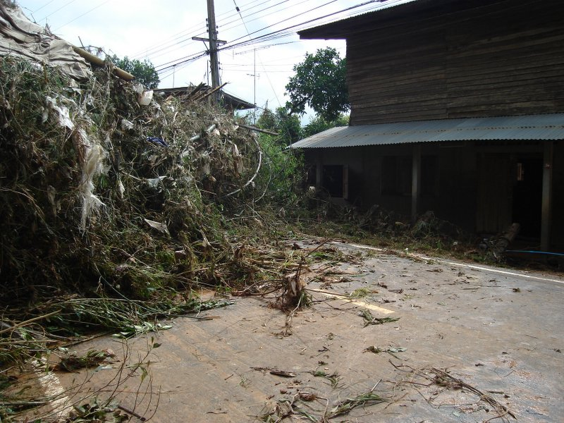 Floods and landslides in Laplae District, Uttaradit