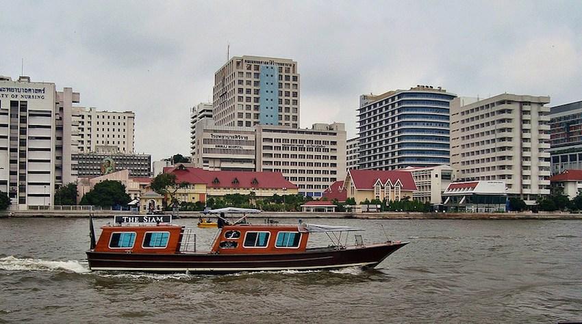View of the Siriraj Hospital on the Chao Phraya River in Bangkok