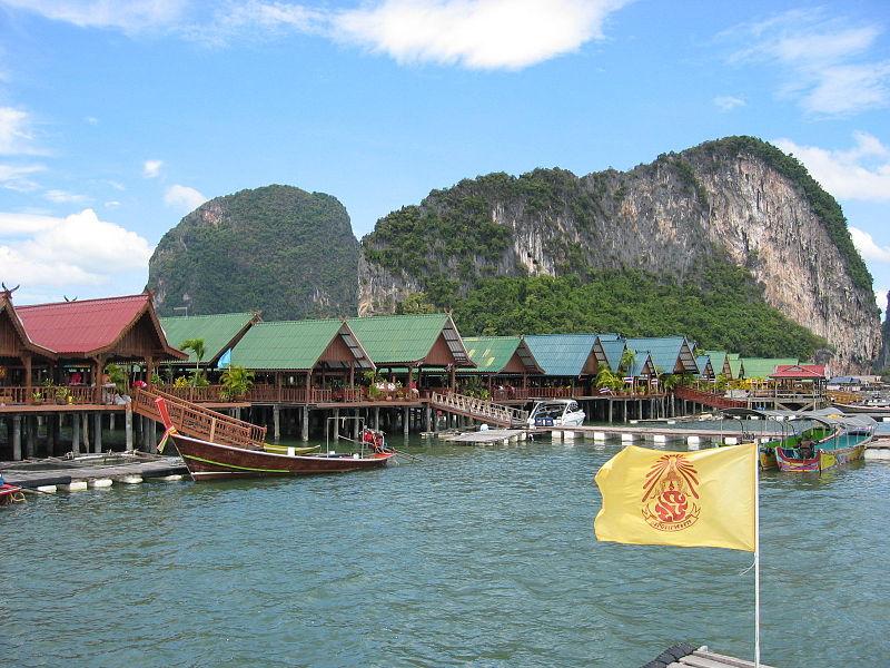 Phuket sea gypsies charged for violating National Park Act
