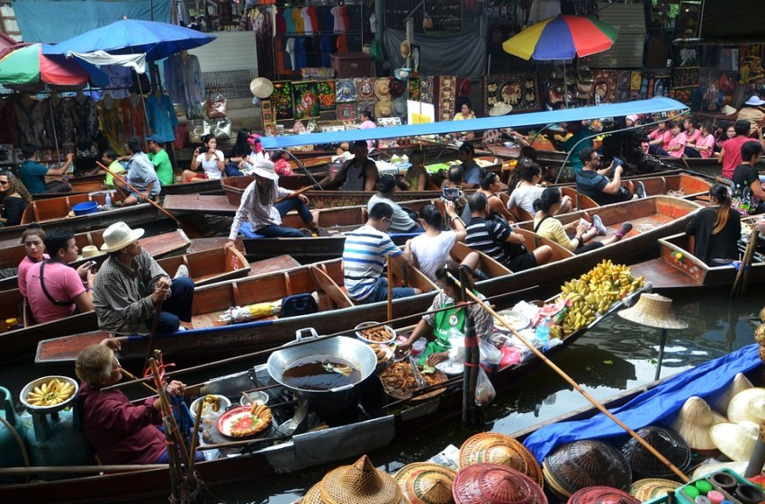 More than 100 markets in Bangkok illegal