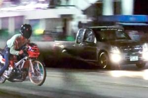 Pattaya Police stop group of local motorbike racing teenagers