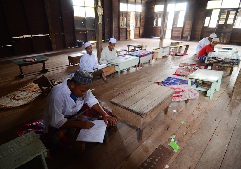 Muslim students in Southern Thailand