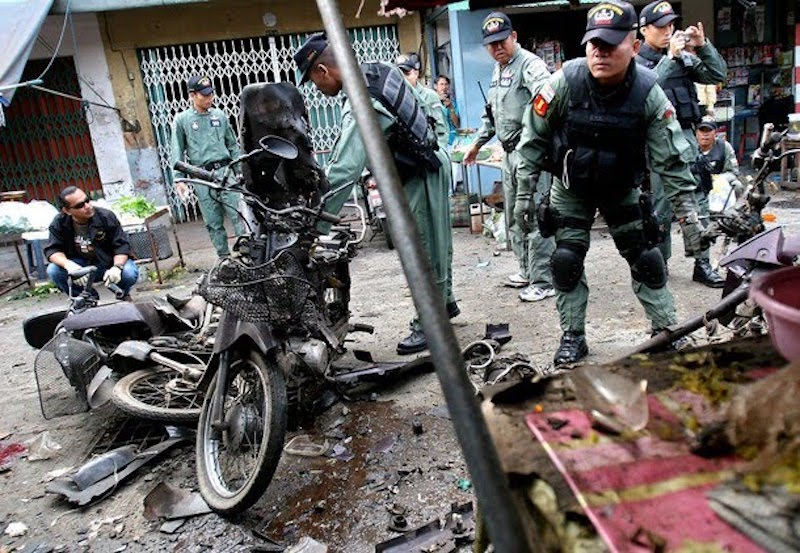 Motorcycle bomb in Southern Thailand