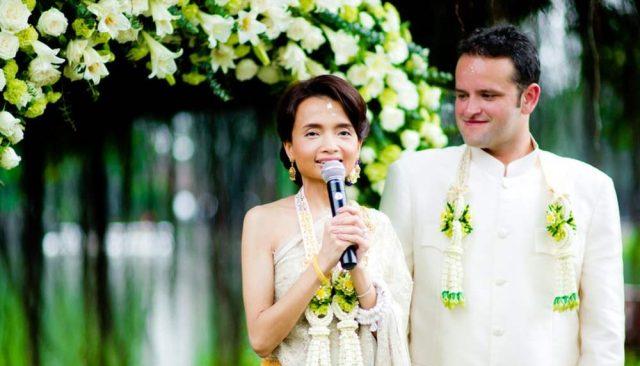 fresh flowers wedding thailand