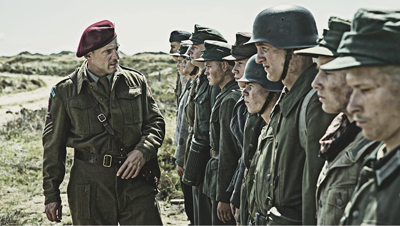映画『ヒトラーの忘れもの』の一場面