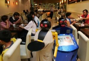 robot-kitchen-HK
