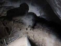 Východ z jeskyně Erawan na vyhlídku