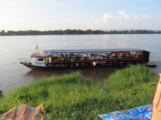 Mekong 2013 - Nong Khai - loď