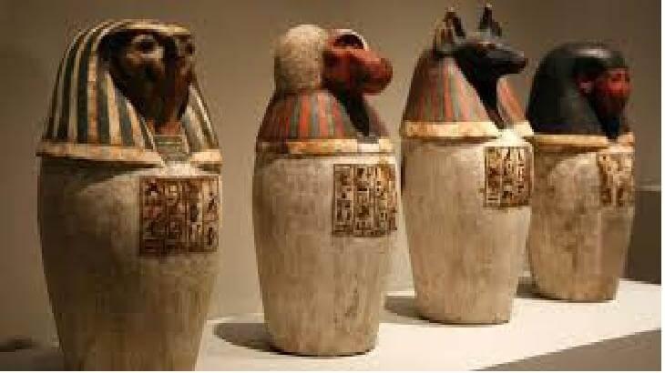 معلومات عن مقتنيات المتحف المصرى