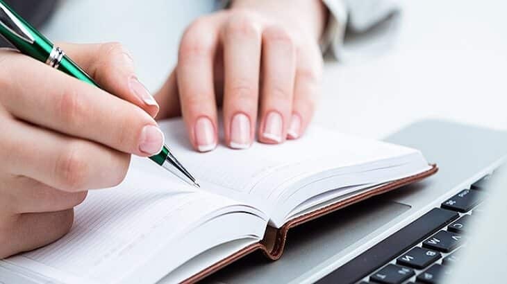7 خطوات لكتابة موضوع تعبير مدرسي جذاب