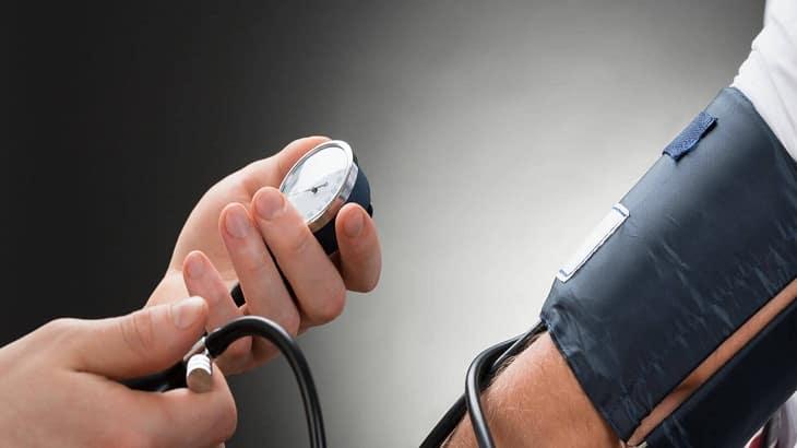 9 مشروبات تخفض ضغط الدم المرتفع بسرعة