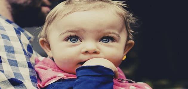 تفسير حلم تبني طفل في المنام لابن سيرين معلومة ثقافية