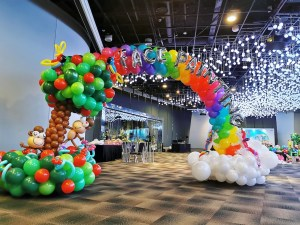 Rainbow and Tree Balloon Arch Singapore