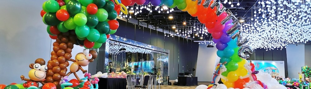 Rainbow and Tree Balloon Arch Singapore