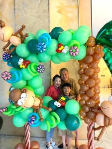 Balloon sculptures customised for you