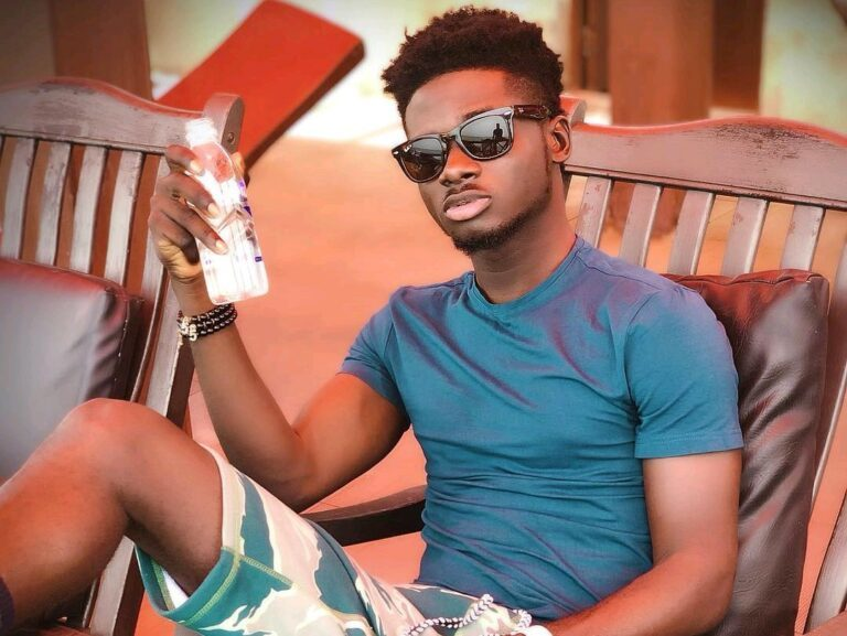 I'm the one who wrote DaaviCome & See My Mother for Mzvee Kuame Eugene