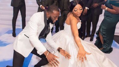 Wedding poses that will capture the mood