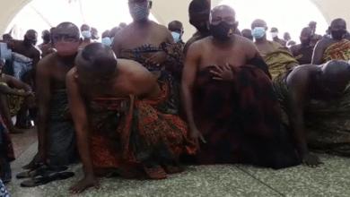 Bantamahene crawls before Otumfuo