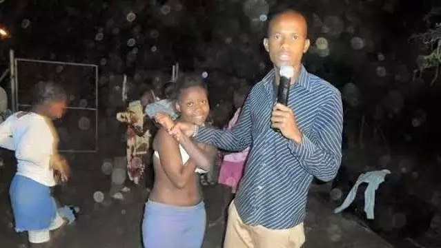 Photos Of Pastors Caught Doing Filthy Acts In Church, Is This World Going To An End?