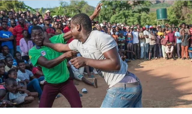 High drama Fist Fights As 2 Men Pitch Up To Pay Lobola For Same Woman
