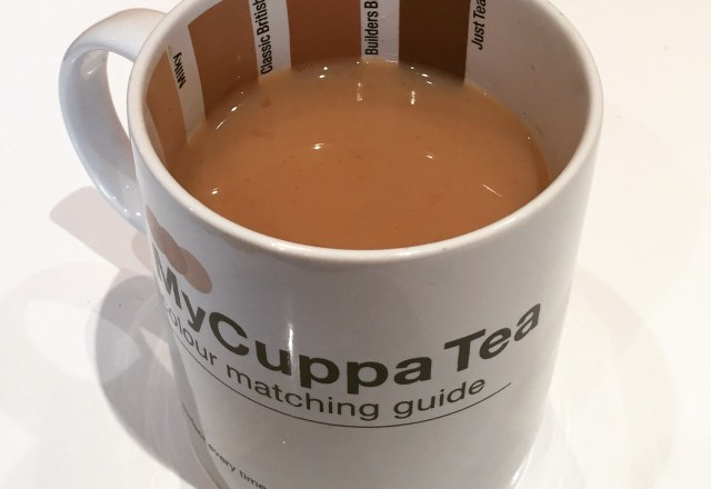 Clever Pantone Cup