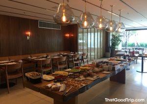 Café da manhã do hotel LSH Barra