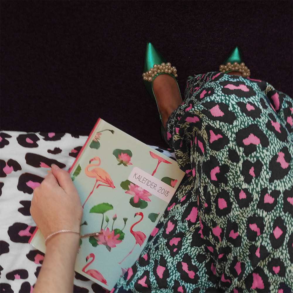 Colourful outfit and calendar 2018 – planning my blog goals