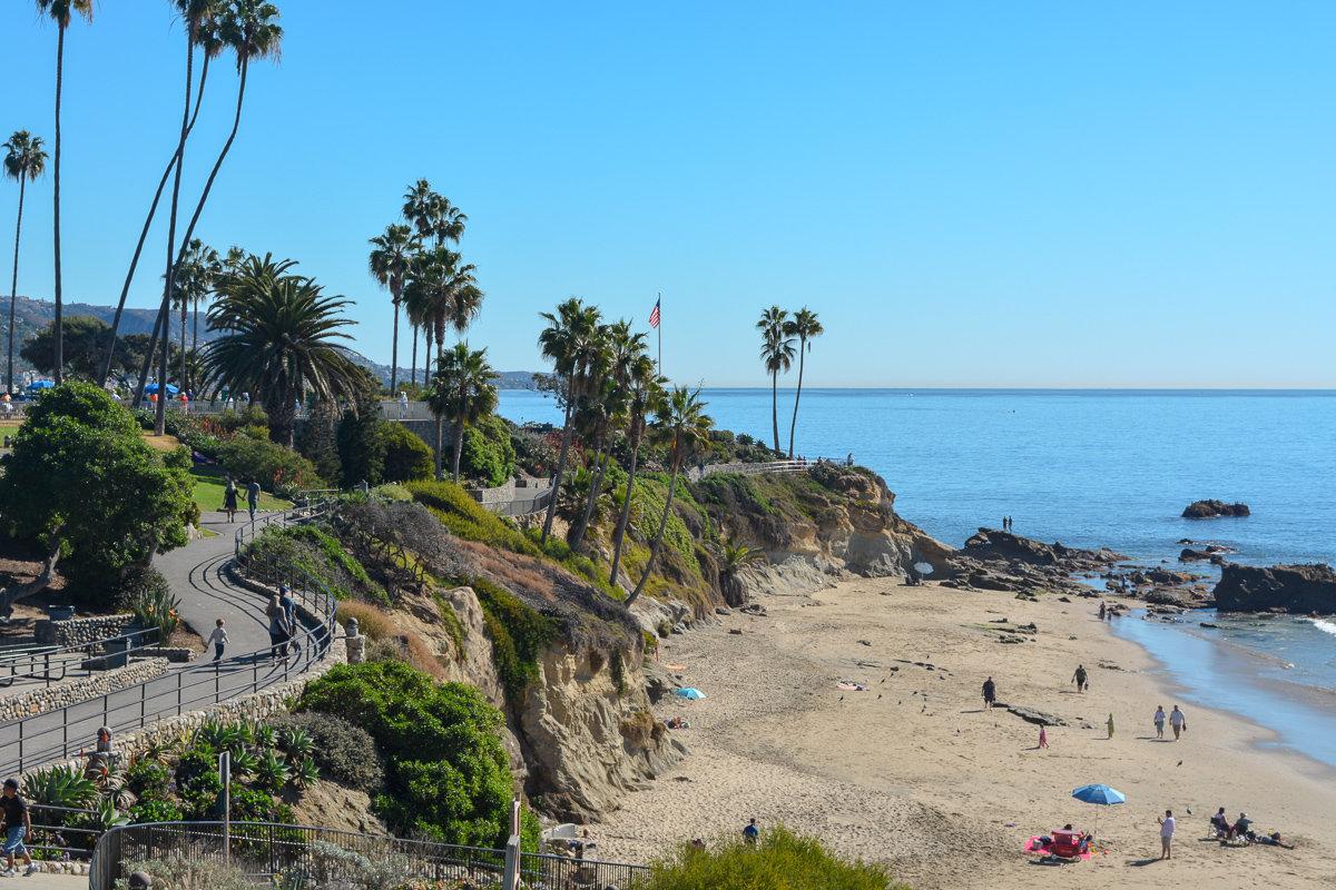 Overview of Heisler Park in Laguna Beach, California