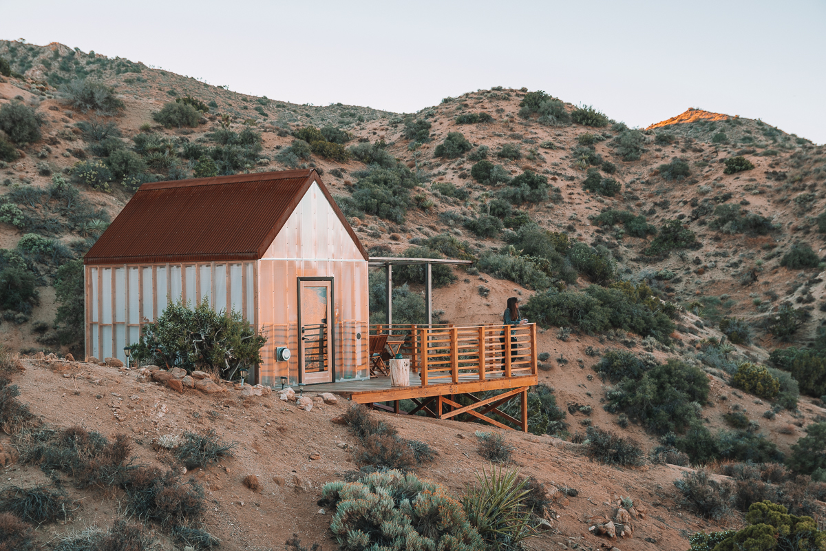 A unique Airbnb cabin in the middle of the desert near Joshua Tree