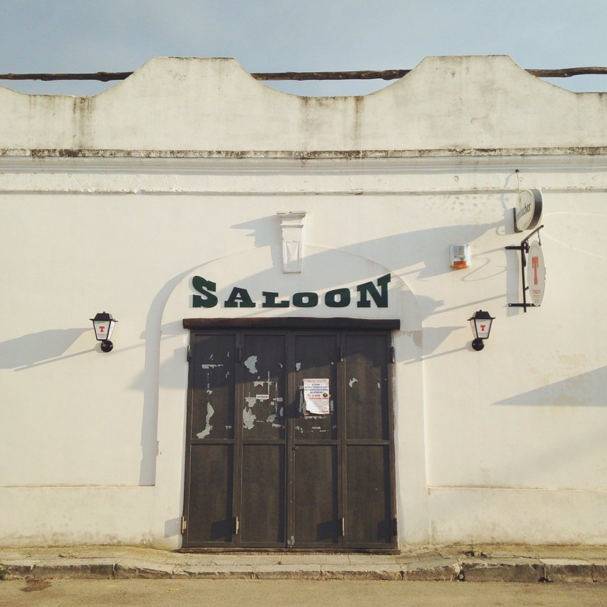 INGRIDESIGN_snapshots from Puglia :: saloon