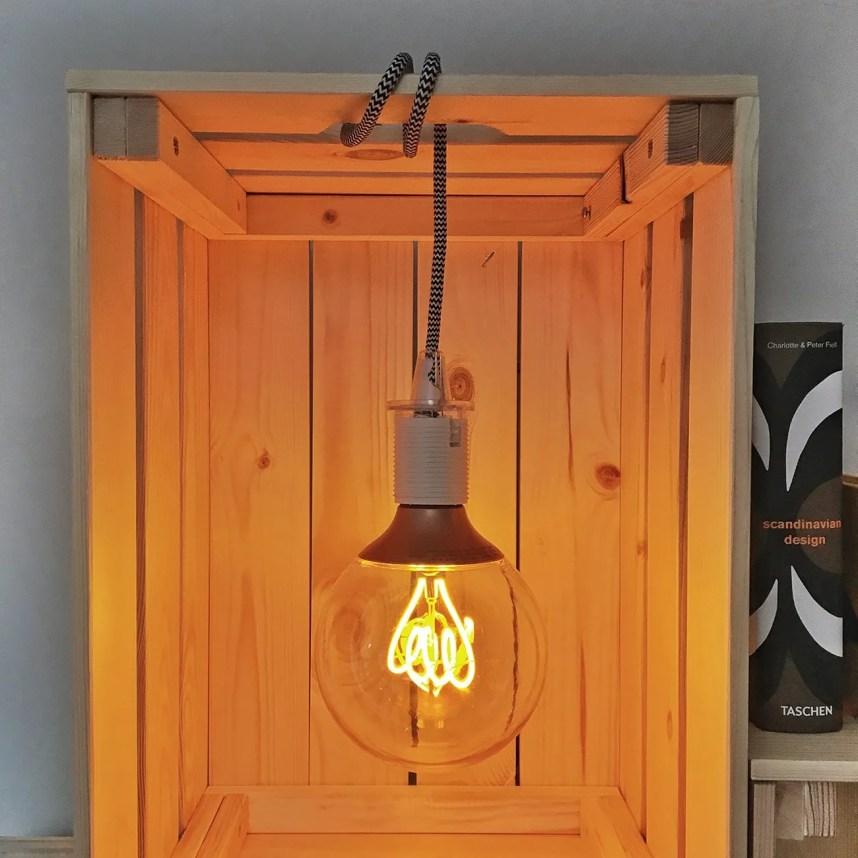INGRIDESIGN_DIY_knagglig storage with light on