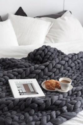Super chunky wool blanket Decordots