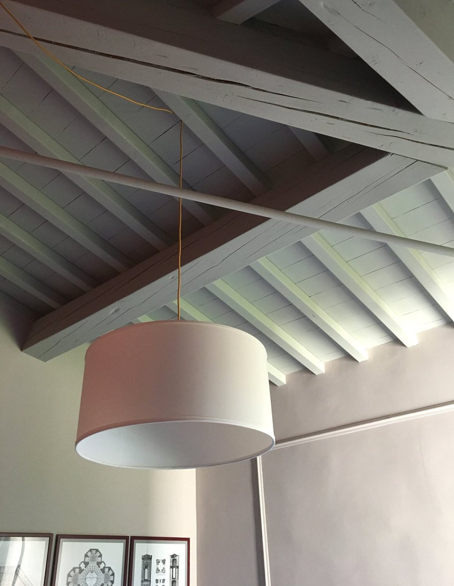 airbnb_florence_italy_interior_bedroom_ceiling
