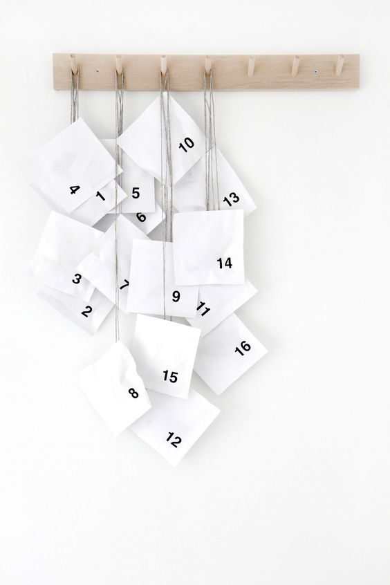 scandinavian_christmas_advent_calendar_minimal_diy