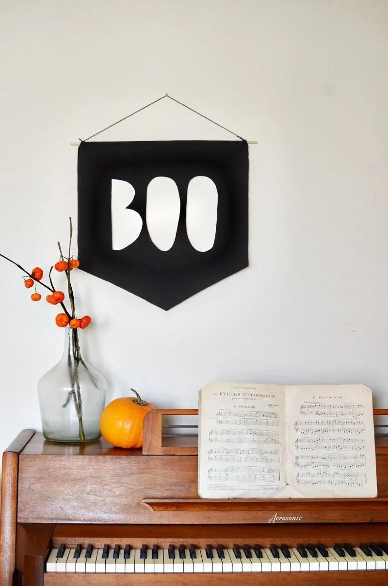 minimal halloween boo banner DIY