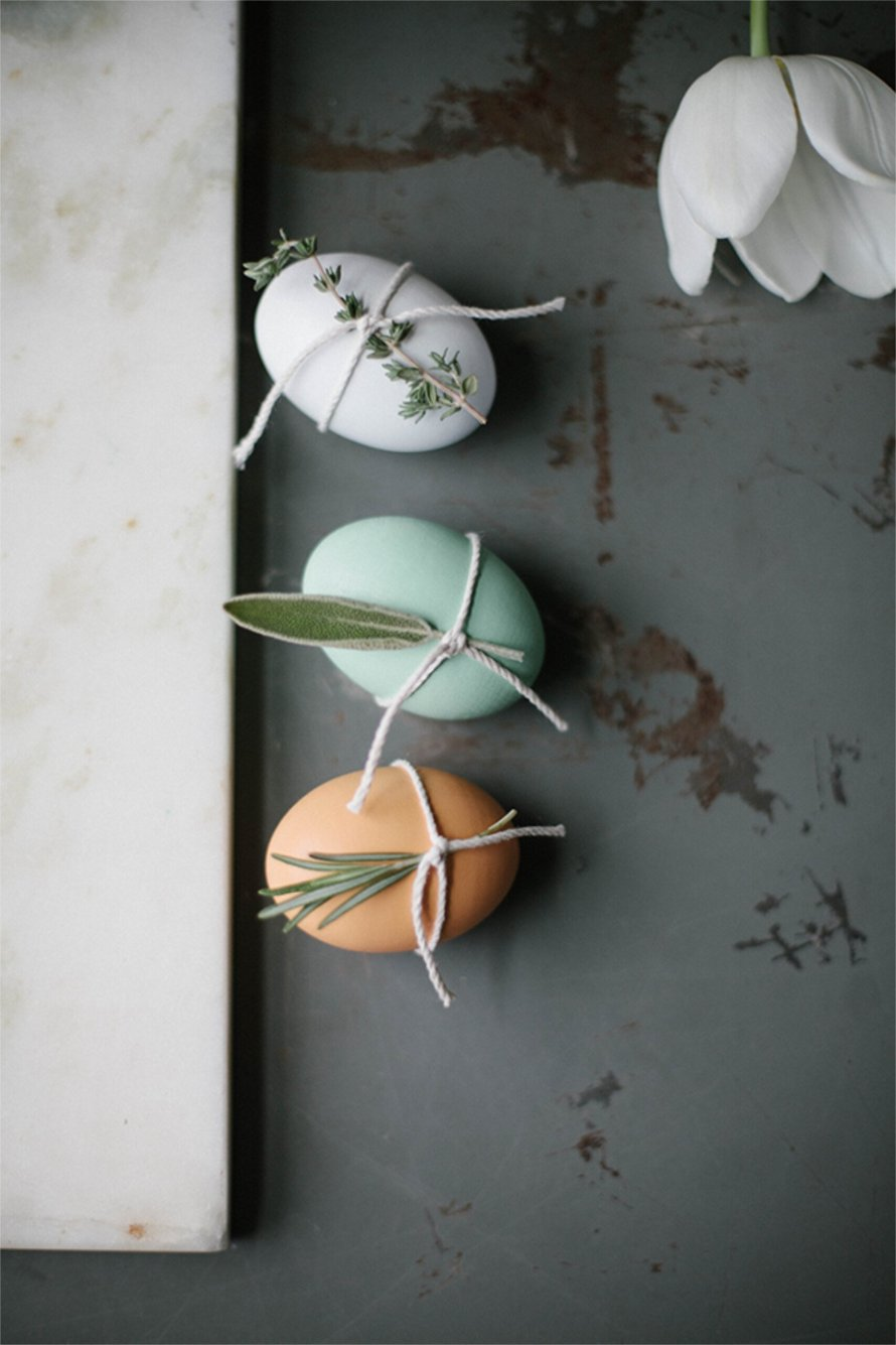 Easter DIY inspiration eggs simple scaled