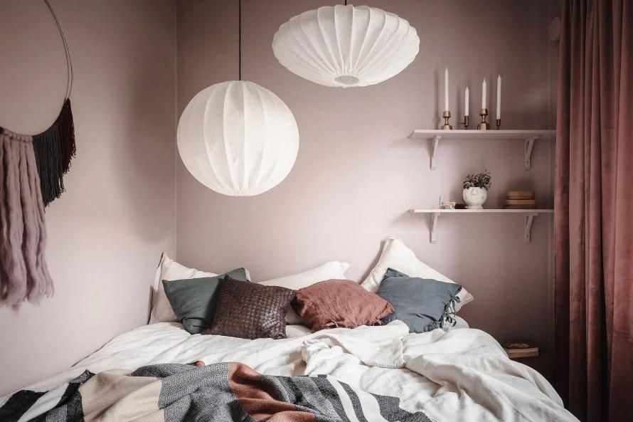 scandinavian feeling cozy bedroom cozy pink 2