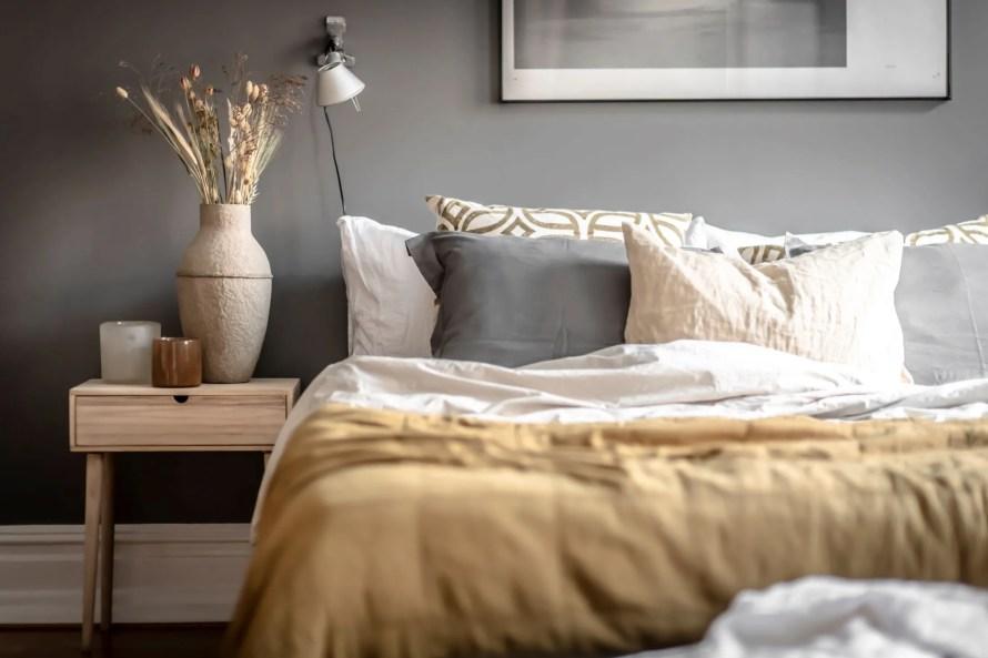 scandinavian feeling cozy bedroom hygge dark 3