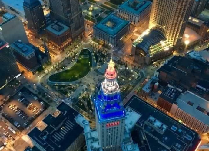 Amazing Downtown - Craig Kandiko