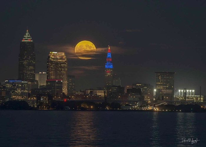 Super Moon Cleveland David Sands