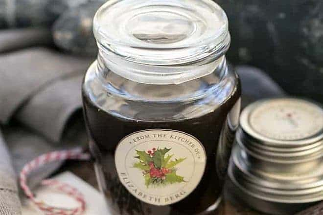 Homemade Vanilla Extract featured image