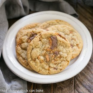 Butterfinger Cookies   Chewy, buttery cookies chock full of Butterfinger chunks