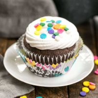 Cocoa Cupcakes with Ganache Filling